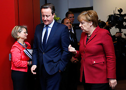 German Chancellor Angela Merkel(R) talks with British Prime Minister David Cameron prior to family photo session during a two-day European Union leaders summit at the EU Council headquarters in Brussels, Belgium, March 17, 2016. EXPA Pictures © 2016, PhotoCredit: EXPA/ Photoshot/ Ye Pingfan<br /> <br /> *****ATTENTION - for AUT, SLO, CRO, SRB, BIH, MAZ, SUI only*****