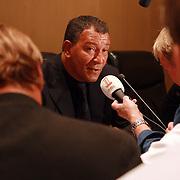 NLD/Amsterdam/20070801 - Persconferentie LG Amsterdam Tournament 2007, Ajax coach Henk ten Cate en Wesley Sneijder