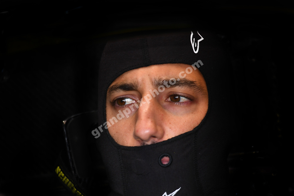 Daniel Ricciardo (Renault) in the pits with his balaclava om before the 2019 French Grand Prix at Paul Ricard. Photo: Grand Prix Photo