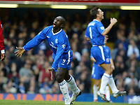 Photograph: Scott Heavey, Digitalsport, Chelsea v Manchester City. FA BArclaycard Premiership. 25/10/2003. Jimmy Floyd Hasselbaink and Frank Lampard waste another Chelsea chance