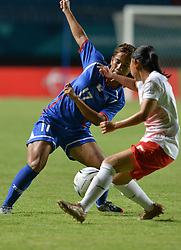 PALEMBANG, Aug. 19, 2018  Ting Chi (L) of Chinese Taipei vies with Septiawati Tia Darti of Indonesia during the women's football Group A match between Chinese Taipei and Indonesia at the 18th Asian Games 2018 in Palembang, Indonesia, Aug. 19, 2018. (Credit Image: © Veri Sanovri/Xinhua via ZUMA Wire)