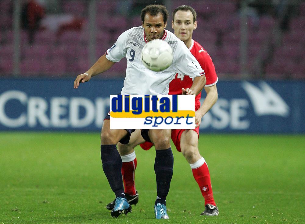 Daniel Braaten (NOR) gegen Steve Von Bergen (SUI). © Pascal Muller/EQ Images