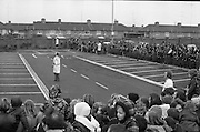 Santa at Crumlin Shopping Centre <br /> 27/11/1976<br /> 11/27/1976<br /> 27th November 1976<br /> Crowds of children await the arrival of Santa Claus in the Crumlin Shopping Centre carpark.