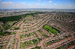 UK ENGLAND LONDON 22JUL08 - Aerial view of urban sprawl in south London during zeppelin flight over the city...jre/Photo by Jiri Rezac..© Jiri Rezac 2008..Contact: +44 (0) 7050 110 417.Mobile:  +44 (0) 7801 337 683.Office:  +44 (0) 20 8968 9635..Email:   jiri@jirirezac.com.Web:    www.jirirezac.com..© All images Jiri Rezac 2008 - All rights reserved.