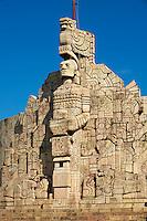Mexique, Etat de Yucatan, Merida, capitale du Yucatan, Paseo de Montejo, Monument a la Patrie // Mexico, Yucatan state, Merida, the capital of Yucatan, Paseo de Montejo, Monumento a la Patria