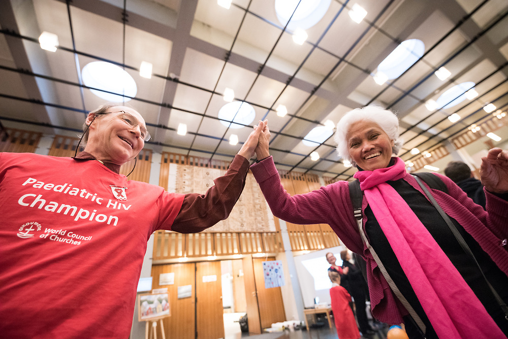 1 December 2017, Geneva, Switzerland: On World AIDS Day 2017, the World Council of Churches – Ecumenical Advocacy Alliance (WCC-EAA) brought together representatives of faith-based organizations as well as public sector and inter-governmental organizations at the Ecumenical Centre in Geneva on 1 December. The event saw a commemorative prayer service, an interactive art exhibition, and a round table discussion on how to improve access to testing and treatment for children and adolescents living with HIV, particularly by means of education. Participants in the event were further invited to become Paediatric HIV Champions, committing to speak about HIV and AIDS among their piers, to raise awareness and help move towards an AIDS-free world.