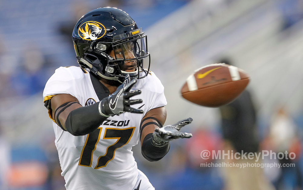 LEXINGTON, KY - OCTOBER 07: Richaud Floyd #17 of the Missouri Tigers catches a pass during warmups before the game against the Kentucky Wildcats at Commonwealth Stadium on October 7, 2017 in Lexington, Kentucky. (Photo by Michael Hickey/Getty Images) *** Local Caption *** Richaud Floyd