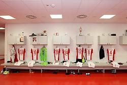 08.11.2014, SGL Arena, Augsburg, GER, 1. FBL, FC Augsburg vs SC Paderborn 07, 11. Runde, im Bild Kabine, FC Augsburg, Trikot, l-r: Sascha Moelders #33 (FC Augsburg), Daniel Baier #10 (FC Augsburg), Marwin Hitz #35 (FC Augsburg), Jeong-Ho Hong #20 (FC Augsburg), Nikola Djurdjic #34 (FC Augsburg), Abdul Rahman Baba #12 (FC Augsburg), Markus Feulner #8 (FC Augsburg), Dominik Reinhardt #4 (FC Augsburg), // during the German Bundesliga 11th round match between FC Augsburg and SC Paderborn 07 at the SGL Arena in Augsburg, Germany on 2014/11/08. EXPA Pictures © 2014, PhotoCredit: EXPA/ Eibner-Pressefoto/ Kolbert<br /> <br /> *****ATTENTION - OUT of GER*****