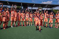 AMSTELVEEN - Seve van Ass (Ned)    met beker  viert het kampioenschap tijdens de finale van het EK Hockey tussen Duitsland en Nederland in het Wagener Stadion op 12 juni 2021 in Amstelveen. COPYRIGHT KOEN SUYK