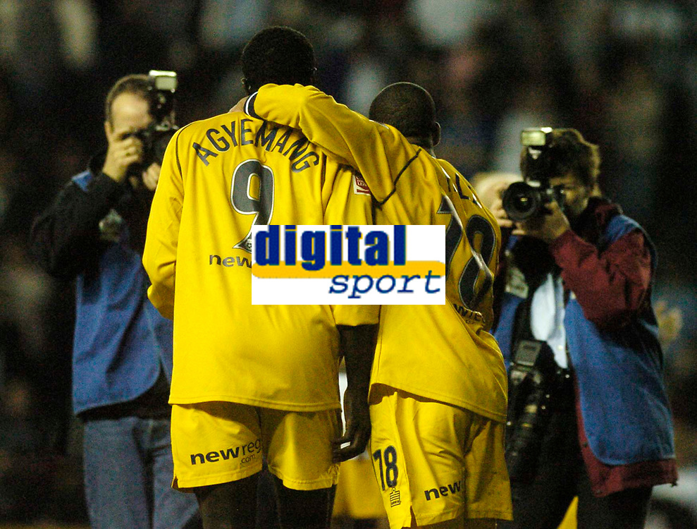 Fotball<br /> England 2004/2005<br /> Foto: SBI/Digitalsport<br /> NORWAY ONLY<br /> <br /> Derby County v Preston North End<br /> <br /> 19/05/2005.<br /> Coca-Cola Championship Play Offs, Second Leg. <br /> <br /> Preston's Patrick Agyemang (L) and Matt Hill celebrate reaching the play off final.