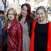 NLD/Amsterdam/20101003 - Premiere De Verschrikkelijke Ikke en de rest kan stikken, Roos Smit en Titia Hoogendoorn