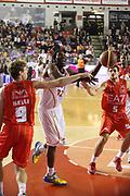 DESCRIZIONE : Roma Campionato Lega A 2013-14 Acea Virtus Roma EA7 Emporio Armani Milano <br /> GIOCATORE : Trevor Mbakwe<br /> CATEGORIA : sequenza tiro equilibrio<br /> SQUADRA : Acea Virtus Roma<br /> EVENTO : Campionato Lega A 2013-2014<br /> GARA : Acea Virtus Roma EA7 Emporio Armani Milano <br /> DATA : 02/12/2013<br /> SPORT : Pallacanestro<br /> AUTORE : Agenzia Ciamillo-Castoria/M.Simoni<br /> Galleria : Lega Basket A 2013-2014<br /> Fotonotizia : Roma Campionato Lega A 2013-14 Acea Virtus Roma EA7 Emporio Armani Milano <br /> Predefinita :