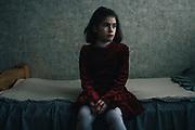 Lilia Kovaleva está interna en un orfanato para niños con problemas mentales en Bielorrusia. Las consecuencias de la radiación son muchas y diversas. ¿Qué futuro tendrán los niños en una de las zonas más contaminadas del planeta?