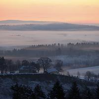 Ask 20210103. <br /> Rasstedet for jordras katastrofen i Ask i Gjerdrum i klarvær søndag morgen. <br /> Foto: Tor Erik Schrøder / NTB