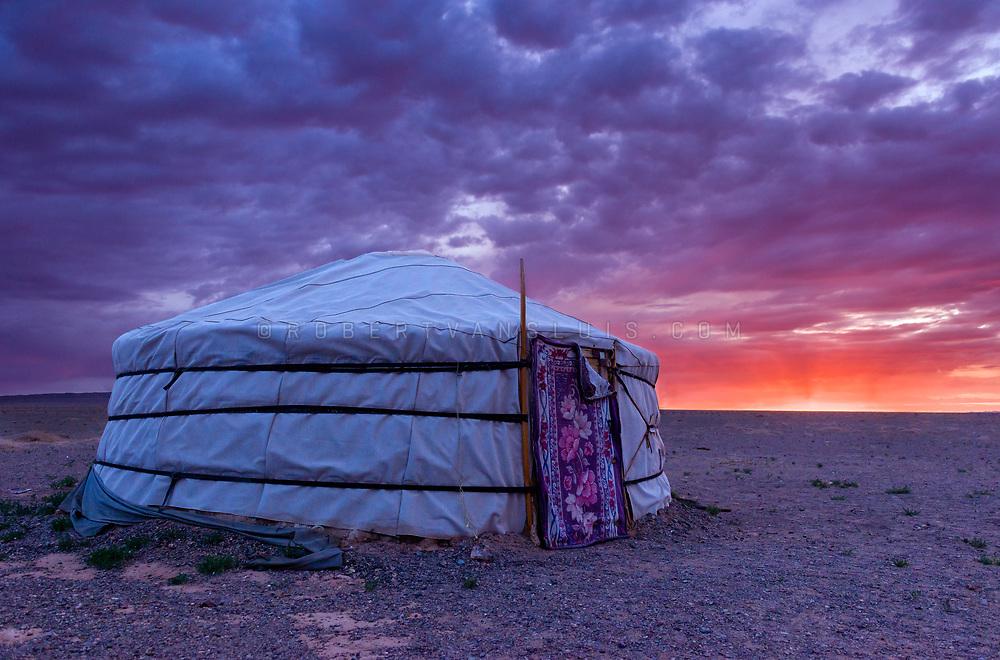 A ger (nomad's dwelling) at sunrise in the Gobi Desert, Mongolia. HDR Composite. Photo © Robert van Sluis