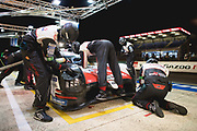 June 12-17, 2018: 24 hours of Le Mans. 8 Toyota Racing, Toyota TS050 Hybrid, Sebastien Buemi, Kazuki Nakajima, Fernando Alonso , pitstop