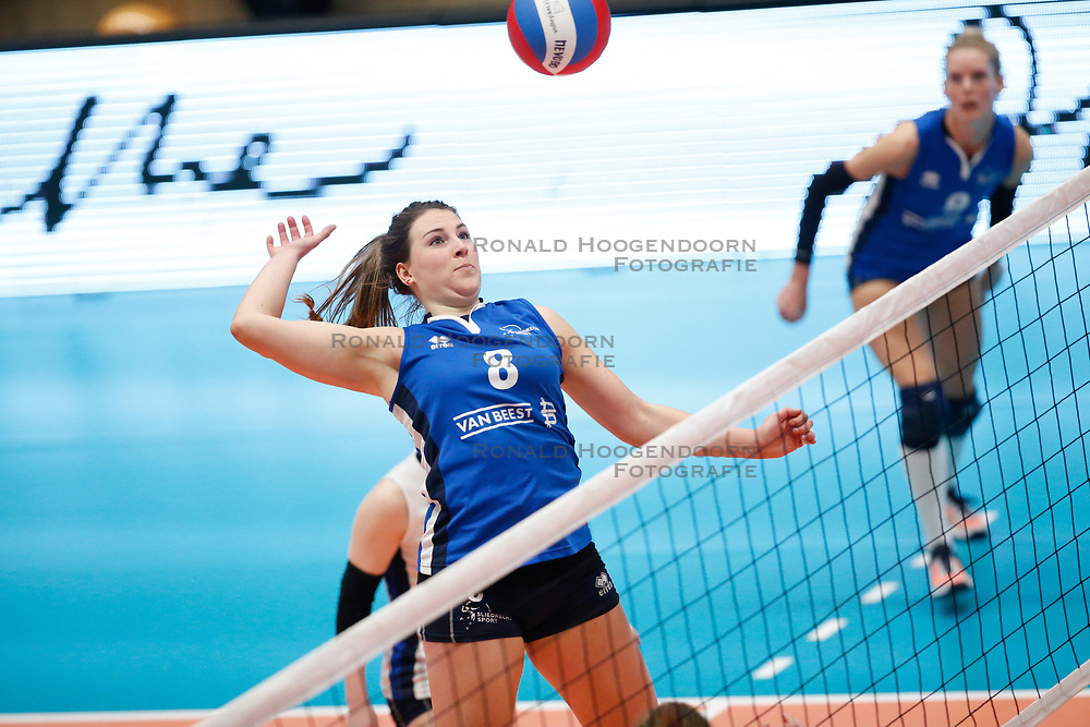 20180218 NED: Bekerfinale Eurosped - Sliedrecht Sport, Hoogeveen <br />Lynn Thijssen (8) of Sliedrecht Sport <br />©2018-FotoHoogendoorn.nl