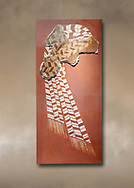"""Minoan 'Sacred Knot"""" fresco wall art depicting the religious apotropaic symbol, Nirou Chani 1600-1450 BC . Heraklion Archaeological Museum. .<br /> <br /> If you prefer to buy from our ALAMY PHOTO LIBRARY  Collection visit : https://www.alamy.com/portfolio/paul-williams-funkystock/minoan-art-artefacts.html . Type -   Heraklion   - into the LOWER SEARCH WITHIN GALLERY box. Refine search by adding background colour, place, museum etc<br /> <br /> Visit our MINOAN ART PHOTO COLLECTIONS for more photos to download  as wall art prints https://funkystock.photoshelter.com/gallery-collection/Ancient-Minoans-Art-Artefacts-Antiquities-Historic-Places-Pictures-Images-of/C0000ricT2SU_M9w"""