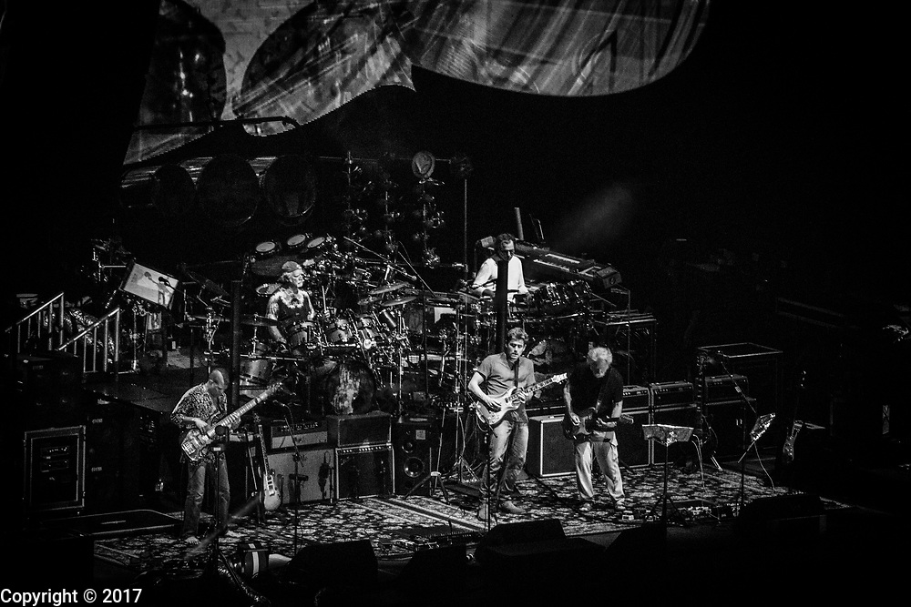 Dead and Company performs at Wrigley Field, June 30, 2017, in Chicago, Illinois. (Photo by Jeremy Hogan)