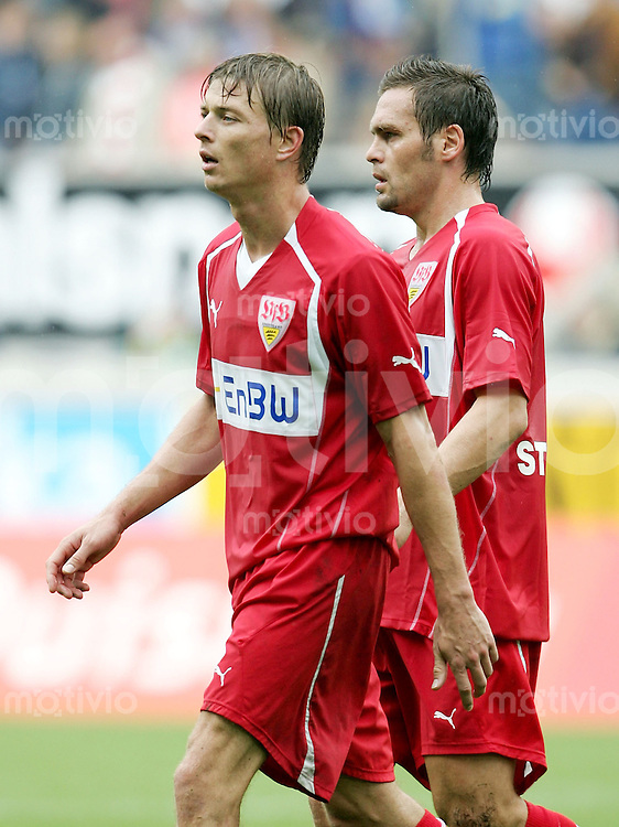 Fussball 1. Bundesliga Saison 2005/2006  1. Spieltag MSV Duisburg - VfB Stuttgart  Jon Dahl TOMASSON (li) und Silvio MEIssNER (rechts, beide Stuttgart) verlassen enttaeuscht den Platz