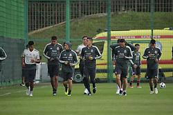June 19, 2018 - EUM20180619DEP02.JPG.MOSCÚ, Rusia SoccerFutbol-México.- La Selección Mexicana de futbol realiza su entrenamiento matutino este martes 19 de junio de 2018 como parte de su preparación para el choque ante el combinado de Corea del Sur, duelo correspondiente a la actividad del Grupo F dentro del Mundial de Rusia 2018. Foto: Agencia EL UNIVERSALLuis CortésEVZ  (Credit Image: © El Universal via ZUMA Wire)