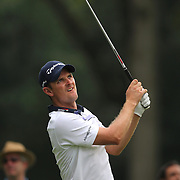 Justin Rose, England, tees off at the 15th hole during the first round of theThe Barclays Golf Tournament at The Ridgewood Country Club, Paramus, New Jersey, USA. 21st August 2014. Photo Tim Clayton