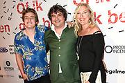 Premiere Of Ik Gek Ben in het klokgebouw in Eindhoven.<br /> <br /> Op de foto:  Frank Lammers met partner Eva Posthuma de Boer en hun zoon