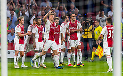 14-08-2018 NED: Champions League AFC Ajax - Standard de Liege, Amsterdam<br /> Third Qualifying Round,  3-0 victory Ajax during the UEFA Champions League match between Ajax v Standard Luik at the Johan Cruijff Arena / Matthijs de Ligt #4 of Ajax scores the 2-0, Daley Blind #17 of Ajax, Klaas Jan Huntelaar #9 of Ajax, Frenkie de Jong #21 of Ajax, Lasse Schone #20 of Ajax, Dusan Tadic #10 of Ajax