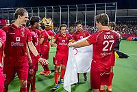 ANTWERPEN -  Manu Stockbroekx (Belgie)  met Tom Boon (Belgie)   na de  finale mannen  Belgie-Spanje (5-0)  bij het Europees kampioenschap hockey. Belgie kampioen.  COPYRIGHT KOEN SUYK