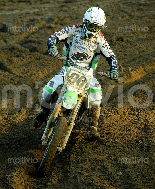 Mantova , 110207 , Starcross Seasonopener  Erstes Kraeftemessen der internationalen Motocrosselite beim Starcross in Mantova.  Sebastien POURCEL (Kawasaki , FRA)