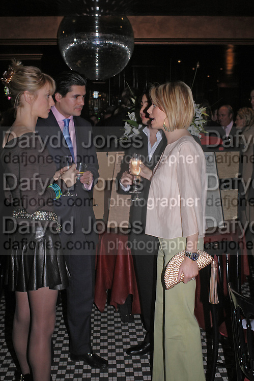 Lady Emily Compton, Edward Taylor and Caroline Habib. Conservative fund raising dinner hosted  by Marco Pierre White and Franki Dettori at  Frankie's. Knightsbridge. 17 January 2004. ONE TIME USE ONLY - DO NOT ARCHIVE  © Copyright Photograph by Dafydd Jones 66 Stockwell Park Rd. London SW9 0DA Tel 020 7733 0108 www.dafjones.com