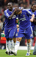 Photo: Paul Thomas.<br /> Liverpool v Chelsea. The FA Barclays Premiership. 19/08/2007.<br /> <br /> Chelsea's Frank Lampard (R) is congratulated by Michael Essien.