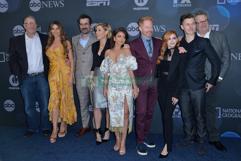 May 14, 2019 - New York, NY, USA - May 14, 2019  New York City..Ed O'Neill, Sofia Vergara, Ty Burrell, Julie Bowen, Sarah Hyland, Jesse Tyler Fergussion, Ariel Winter, Nolan Gould and Eric Stonestreet of Modern Family attending Walt Disney Television Upfront presentation party arrivals at Tavern on the Green on May 14, 2019 in New York City. (Credit Image: © Kristin Callahan/Ace Pictures via ZUMA Press)