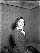21/12/1955<br /> 12/21/1955<br /> 21 November 1955<br /> <br /> Special for Radio Review - Crossword Prizewinner Miss Dobson, 58 Haddington Rd, Dublin