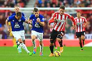 Connor Wickham of Sunderland pushes forward - Sunderland vs. Everton - Barclay's Premier League - Stadium of Light - Sunderland - 09/11/2014 Pic Philip Oldham/Sportimage