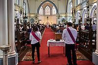 Singapour, Colonial District, messe à l'eglise Saint Joseph // Singapore, Colonial District, mass at St. Joseph church