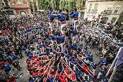 November 20, 2016 - Barcelona, Catalonia, Spain - The 'Castellers de la Vila de Gracia' build one of their human towers during a 'diada castellera' at Barcelona's Gracia quarter (Credit Image: © Matthias Oesterle via ZUMA Wire)