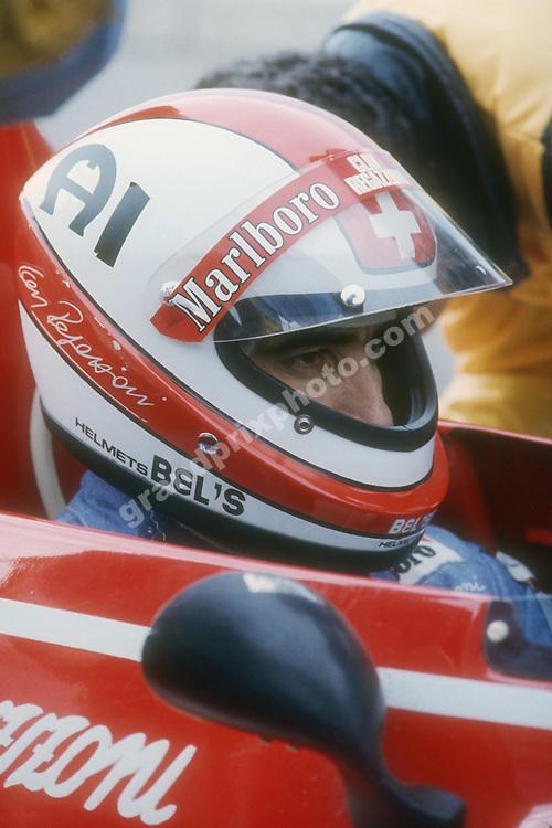 Clay Regazzonin (Ferrari) in the pits with his helmet on during the 1974 season. Photo: Grand Prix Photo