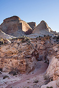 Capitol Gorge Trail to the Tanks & Pioneer Register, Capitol Reef National Park, Utah, USA.