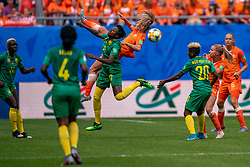 15-06-2019 FRA: Netherlands - Cameroon, Valenciennes<br /> FIFA Women's World Cup France group E match between Netherlands and Cameroon at Stade du Hainaut / Gaëlle Enganamouit #17 of Cameroon, Desiree van Lunteren #2 of the Netherlands, Jackie Groenen #14 of the Netherlands, Genevieve Ngo Mbeleck #20 of Cameroon