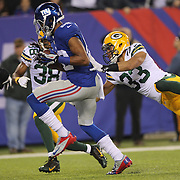 Rueben Randle, New York Giants, goes in for a touchdown during the New York Giants Vs Green Bay Packers, NFL American Football match at MetLife Stadium, East Rutherford, New Jersey, USA. 17th November 2013. Photo Tim Clayton