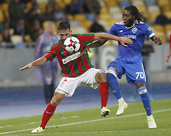 August 24, 2017 - Dieumerci Mbokani (R) of Dynamo vies for the ball with João Gamboa  (L)  of Maritimo  during the Europa League second play-off soccer match between FC Dynamo Kyiv and FC Maritimo, at the Olimpiyskyi stadium in Kyiv, Ukraine, August 24, 2017. (Credit Image: © Anatolii Stepanov via ZUMA Wire)