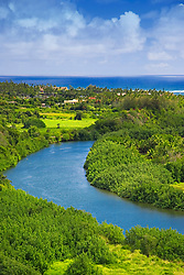 Historic Wailua River where many significant Heiau (temples) were built by Hawaiian Ali`i (chiefs) and Kahuna (priests), State Park, Kauai, Hawaii, Pacific Ocean