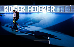 2017?11?14?.    ?????1???——ATP???????????????·????.       11?14??????????.       ???????????ATP???????????????????????????2?1??????????·?????.       ???????????????.(SP) BRITAIN-LONDON-TENNIS-ATP FINALS-FEDERER VS ZVEREV.(171114) -- LONDON, Nov. 14, 2017  Roger Federer of Switzerland makes his way out onto court during the singles round-robin match against Alexander Zverev of Germany during the Nitto ATP World Tour Finals at O2 Arena in London, Britain on Nov. 14, 2017. Roger Federer won 2-1. (Credit Image: © Tang Shi/Xinhua via ZUMA Wire)