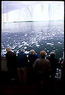 02: CRUISE DISKO BAY ICEBERGS