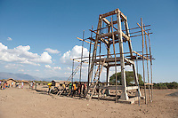 07 OCT 2009, MOSHI/TANZANIA:<br /> Bau eines Hochtanks in einem Dorf, das durch ein von der KfW finanziertes Projekt eine Trinkwasserversorgung durch einen Hochtank erhalten wird, ONE Informationsreise nach Tansania, Moshi / Kilimandscharo<br /> IMAGE: 20091007-01-274<br /> KEYWORDS: Reise, Trip, Entwicklungshilfe, Afrika, Africa