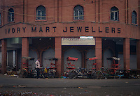 NEW DELHI, INDIA - CIRCA OCTOBER 2016: Corner of the Patel Gali Road in Chandni Chowk.