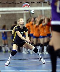 03-01-2015 NED: Nationale Open Clubkampioenschappen Volleybal 2015, Harderwijk<br /> Niet minder dan 491 jeugdteams, verdeeld over 27 sporthallen, begonnen aan de Nationale Open Clubkampioenschappen (NOJK) van 2015 / De jongens C en meisjes B/C in actie in de Sypel te Harderwijk / Vocasa - VC Bolsward