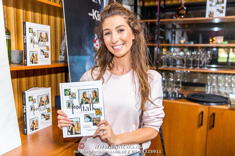 NLD/Amsterdam/20160606 - Boekpresentatie Foodtalk van Kim Feenstra, Xelly Cabau van Kasbergen