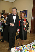 LORD AND LADY HOLLICK, Royal Academy Annual dinner. Royal Academy, Piccadilly. 6 June 2006. ONE TIME USE ONLY - DO NOT ARCHIVE  © Copyright Photograph by Dafydd Jones 66 Stockwell Park Rd. London SW9 0DA Tel 020 7733 0108 www.dafjones.com